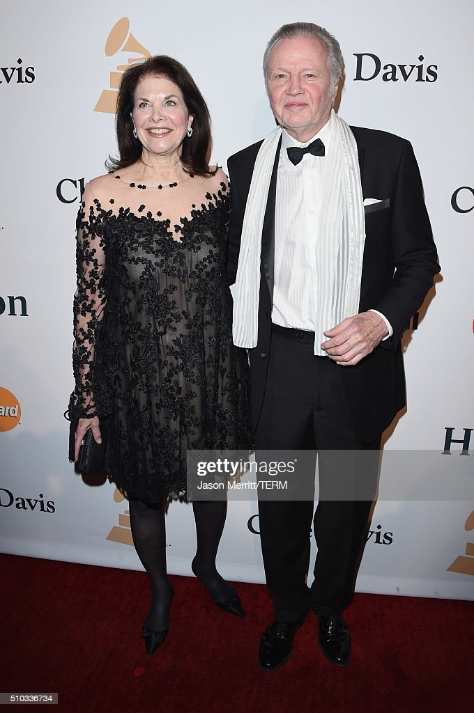 Movie executive Sherry Lansing (L) and actor Jon Voight attend the 2016 Pre-GRAMMY Gala and Salute to Industry Icons honoring Irving Azoff at The Beverly Hilton Hotel on February 14, 2016 in Beverly Hills, California.