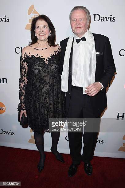 Movie executive Sherry Lansing and actor Jon Voight attend the 2016 PreGRAMMY Gala and Salute to Industry Icons honoring Irving Azoff at The Beverly...