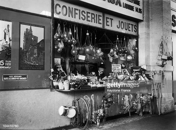 Movie precursor Georges MELIES in his toy and candy shop in Paris in 1932 At that time the movie director who no longer worked in the arts held a toy...