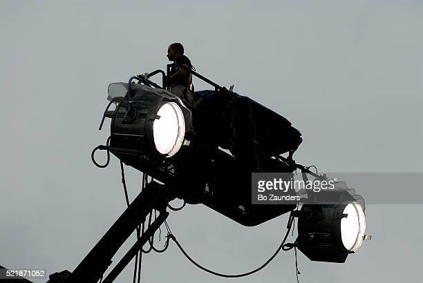 movie spot lights - bo zaunders stock pictures, royalty-free photos & images