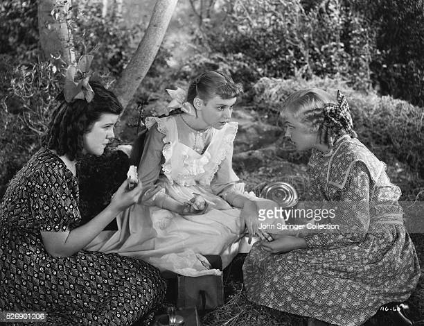 Movie still from 'Anne of Green Gables' starring Anne Shirley in the title role Still shows Anne and her friends having a picnic and conversing