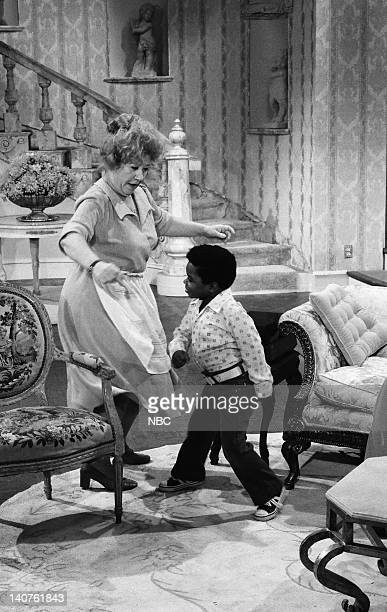 RENT STROKES 'Movin' In' Episode 1 Pictured Charlotte Rae as Edna Garrett Gary Coleman as Arnold Jackson Photo by Herb Ball/NBC/NBCU Photo Bank