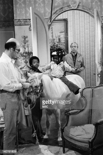RENT STROKES 'Movin' In' Episode 1 Pictured Charlotte Rae as Edna Garrett Todd Bridges as Willis Jackson Gary Coleman as Arnold Jackson Conrad Bain...