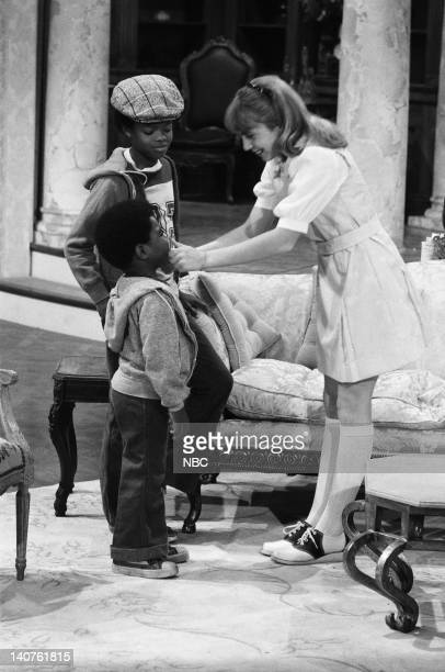 RENT STROKES 'Movin' In' Episode 1 Pictured Todd Bridges as Willis Jackson Gary Coleman as Arnold Jackson Dana Plato as Kimberly Drummond Photo by...