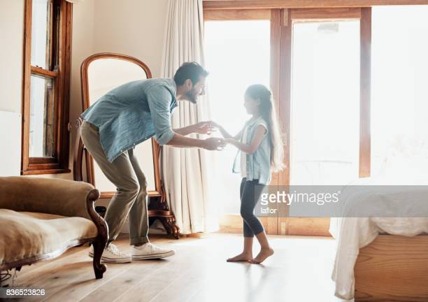 moving and grooving with daddy - father daughter stock pictures, royalty-free photos & images