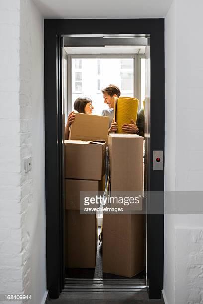 Moving Paar