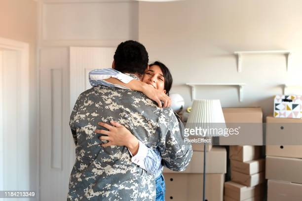moving day - military spouse stock pictures, royalty-free photos & images