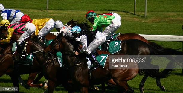 moving to the front - horse racing stock pictures, royalty-free photos & images