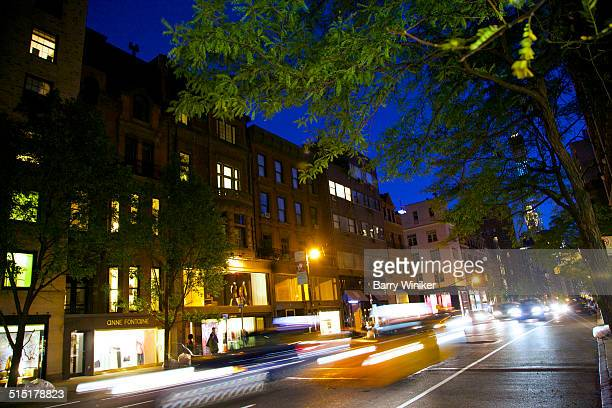 Moving vehicles on New York's Madison Avenue