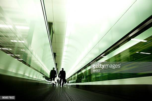 moving walkway commuter