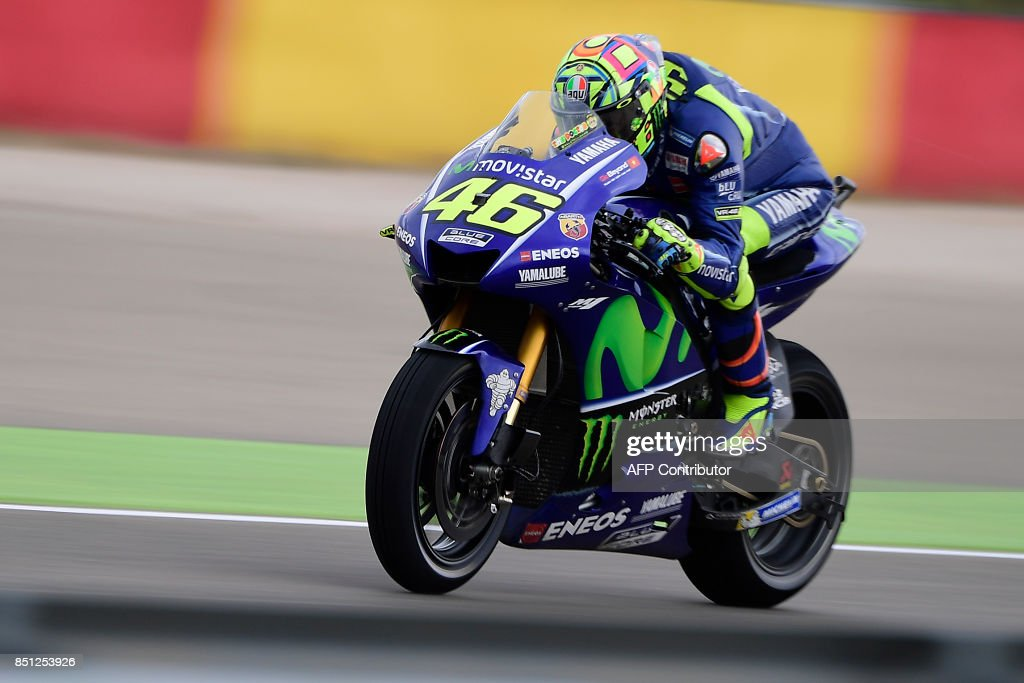 TOPSHOT - Movistar Yamaha MotoGP's Italian rider Valentino Rossi rides during the Moto GP first free practice during the Moto Grand Prix of Aragon at the Motorland circuit in Alcaniz on September 22, 2017. /