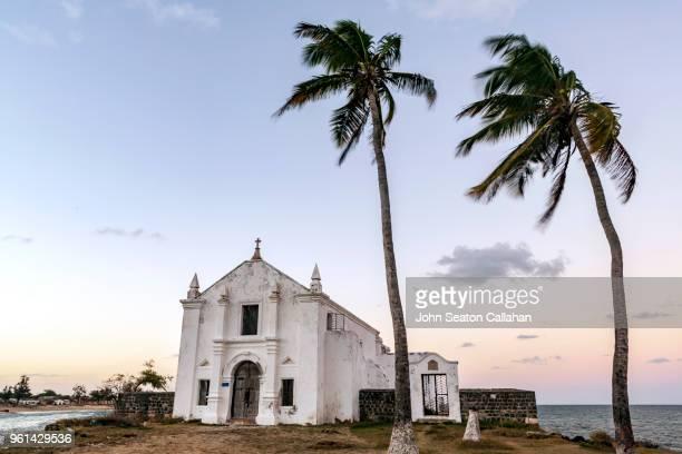 mozambique island, the santo antonio church - ナンプラ ストックフォトと画像