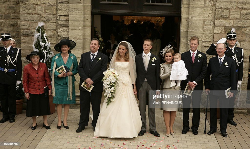 Mr. and Mrs. Anthony, Tessy Anthony, Louis of Luxembourg, Grand Duchess Maria of Luxembourg holding Gabriel of Nassau, Grand Duke Henri and grand Duke Jean of Luxembourg in Luxembourg on September 29, 2006.