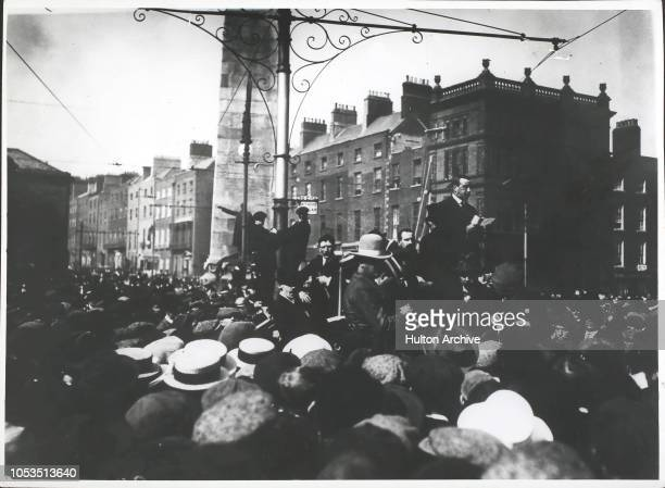 Mr Arthur Henderson MP reading a message from Mr Ramsay MacDonald during the Great Trades Union Meeting in O 'Connell St Dublin