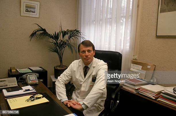 Mr Bourdarias is cardiologist at the Ambroise Pare Hospital