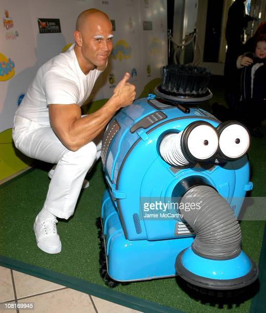 Mr Clean and Noonoo during Teletubbies Short Debuts with Special Guest Mr Clean and Noonoo at Loews' Real Moms in New York City at Loews' 34th Street...
