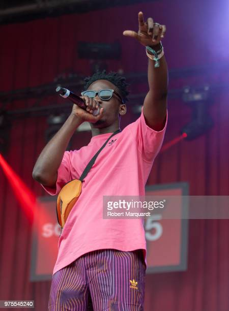 Mr Eazi performs on stage at the 25th Sonar Musical Festival at the Barcelona Fira on June 15 2018 in Barcelona Spain