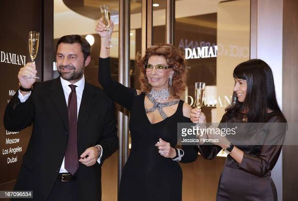 Mr Giorgio Damiani Vice President of Damiani Group Italian actress Sophia Loren and Ms Alessandra Schiavo Consul General of Italy at the Damiani...