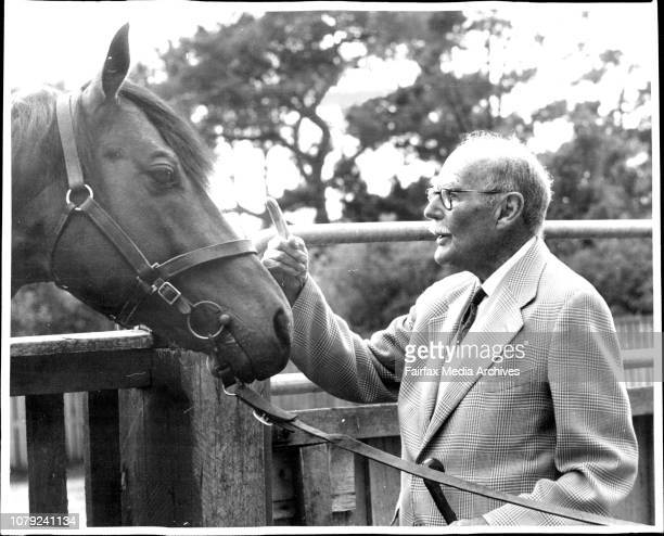 Mr H G Raymond with the horse Marazion at the St Albans Stud Geelong October 30 1970