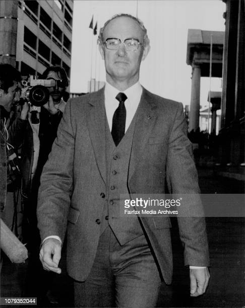 Mr Kevin Webb SM leaves the Supreme Court building MacQuarie St after appearing as a Witness in the Humphries Royal Commission June 10 1983
