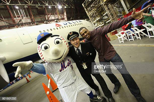 Mr Met and Curtis Granderson join Delta Air Lines and YMCA of Greater New York for the fifth anual 'Holiday in the Hangar' a special holiday...