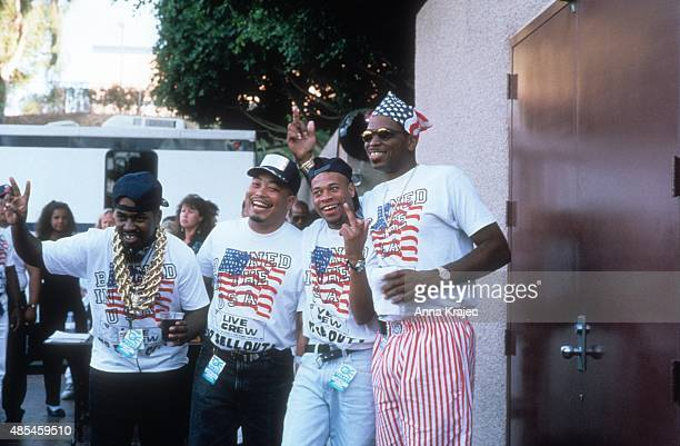 Mr Mixx Fresh Kid Ice Brother Marquis Luke Skyywalker of the rap group '2 Live Crew' backstage at a concert in 1990