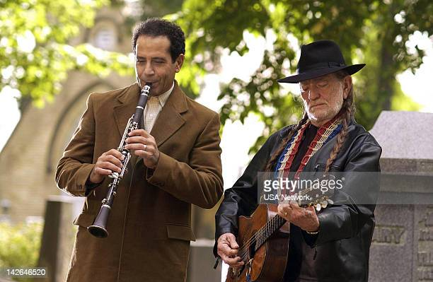 MONK Mr Monk and the RedHeaded Stranger Episode 12 Pictured Tony Shalhoub as Adrian Monk Willie Nelson