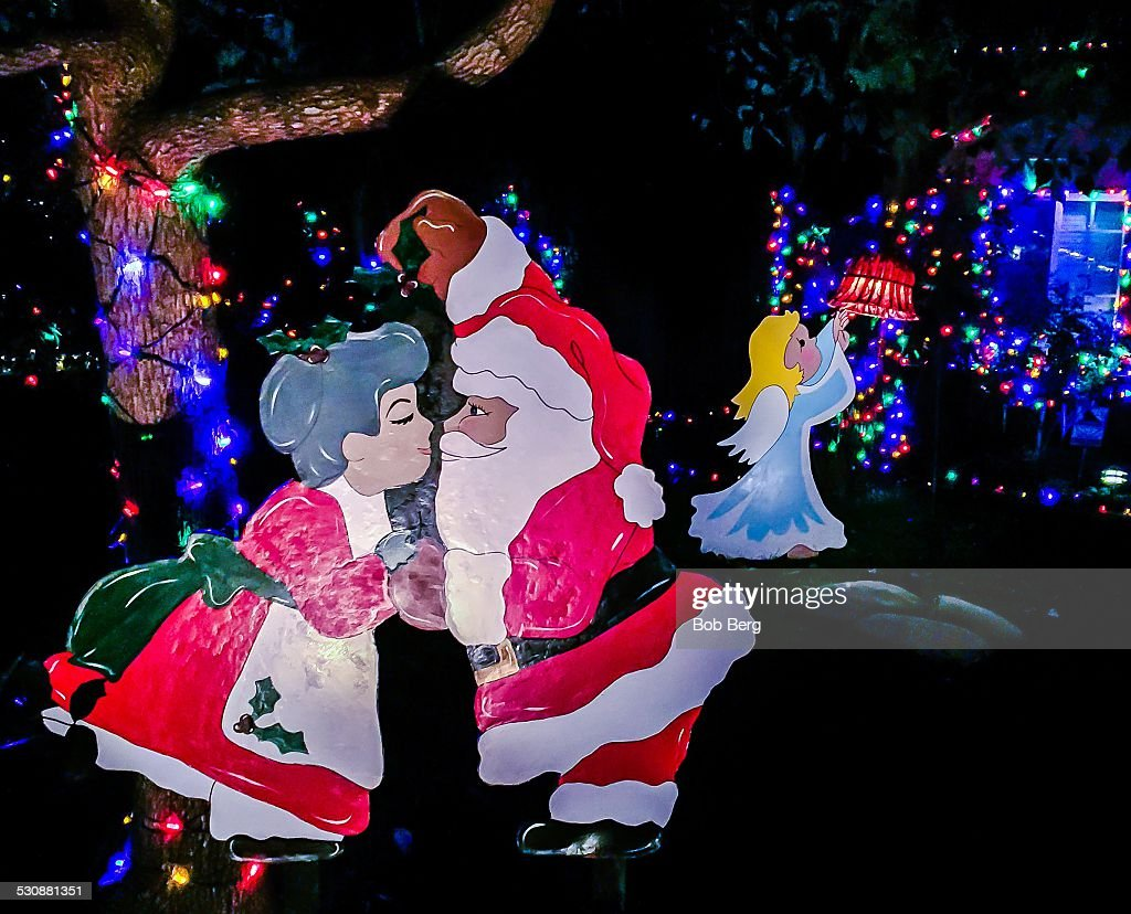 Woodland Hills, Ca - December 19, 2014. Mr. & Mrs. Santa Claus share ...