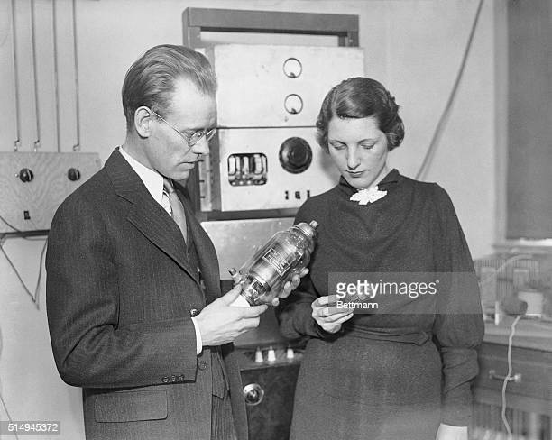 Mr Philo T Farnsworth noted for his radio inventions and Miss Mabel Bernstein are showing large and small editions of Mr Farnsworth's newest Radio...