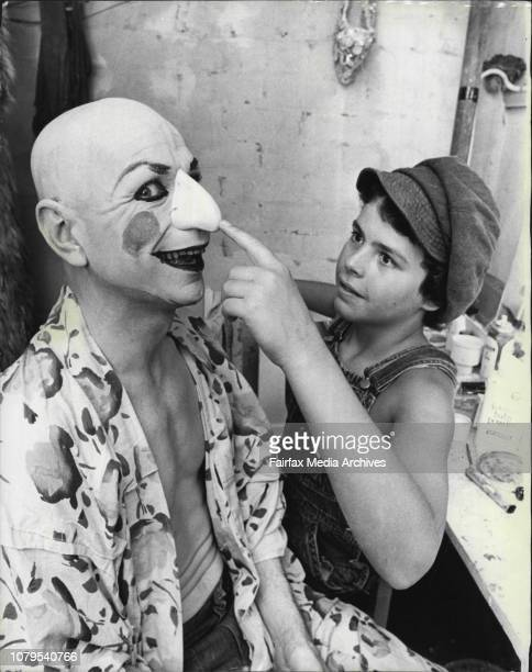 Mr Punch's Pantomise -- English stage actor, Lindsay Kemp and his company will be presenting a special production for *****. December 17, 1975. .