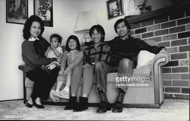 Mr U with his family Mr U and his wifeMrs U Anthea U Amanda U Sarah UThe people belonging to the longest and shortest names in the 1986 telephone...
