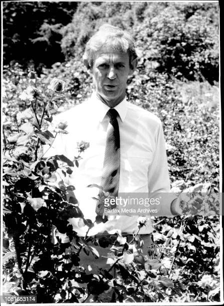 Mr Westbrook Haines Argiculturologist photographed at Botanical Gardens and with Kiwi fruit at fruitologist at Taylor Square January 9 1986