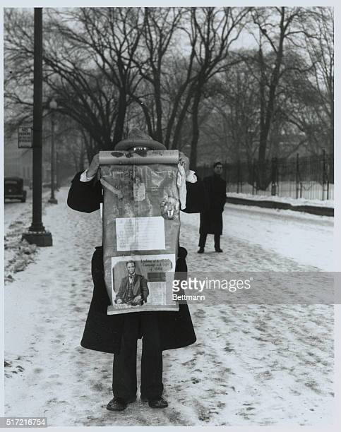 'Mr X' A One Man 'Bonus Army' Pickets White House Washington DC A poorly clad world war veteran who identified himself merely as 'The Mysterious Mr...