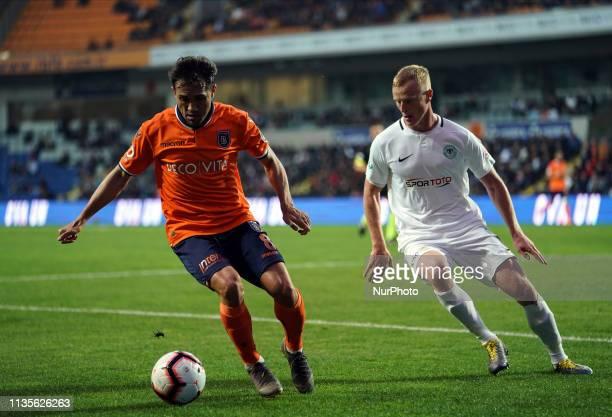 Mrcio Mossor dribbling in front of Jens Jnsson during ?stanbul Ba?ak?ehir v Konyaspor on April 7,2019 in Ba?ak?ehir Fatih Terim Stadium,...