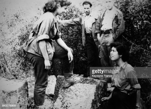 Mériem Bouatoura surnommée Yasmina combattante de l'ALN lors de la guerre d'Algérie en Algérie circa 1960