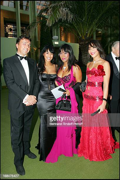 Mrs Anne Kerchache and daughters Maya Deborah and Olivier 23rd antic fair in Paris followed by a dinner to the benefit of the foundation 'Hopitaux de...