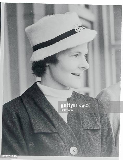 Mrs Anthony Eden sets the standard for millinery style in a conservative vein She is shown wearing a fur felt fedora in striking white at the annual...