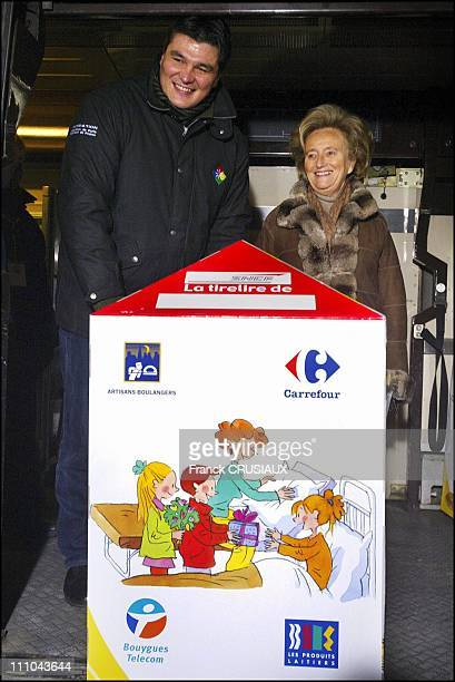 Mrs Bernadette Chirac and David Douillet launch the TGV pieces jaunes 2004 operation in Valenciennes France on January 30 2004