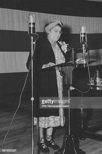 Mrs Eslanda Robeson giving a speech 1942