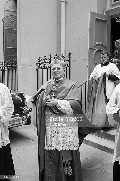 Mrs Gaillot Excommunicated By Archbishop Of New Orleans Mgr Rummel Aux EtatsUnis en avril 1964 l'archevêque de la La NouvelleOrléans Mgr Joseph...