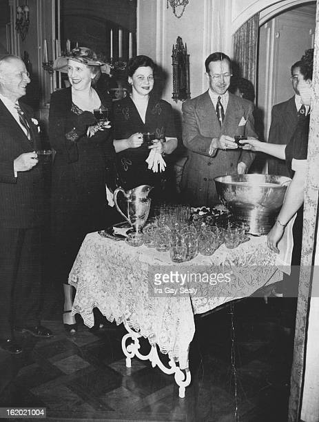 NOV 22 1949 3141950 Mrs Harry Huffman Mrs Davis Moore