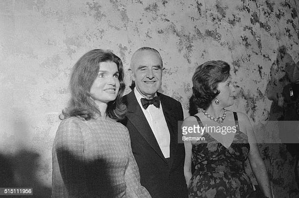 Mrs Jacqueline Onassis and W Averell Harriman and his wife Pamela pose for photographers at a testimonial dinner for Harriman honoring the...