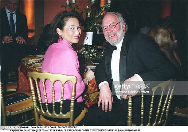 Mrs Jacques Tajan and Baron Pierre Gouvel Pasteur Weizman party at the Palais Brogniart woman man seated