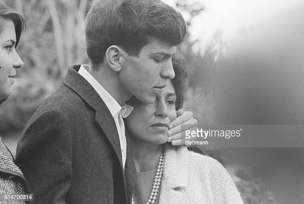 Mrs Nancy Sinatra embraces her son Frank Sinatra Jr after being released by kidnappers for $240000 ransom Three kidnappers were caught and sent to...