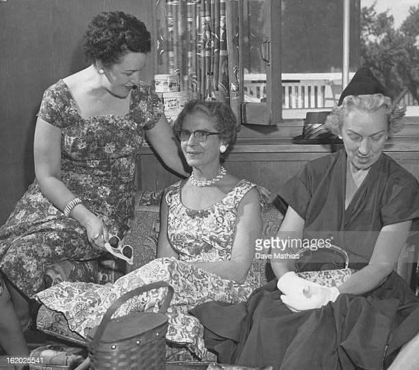 JUL 23 1956 8281956 Mrs Palmer Hoyt Mrs Ben Cherington Mrs James Buggs