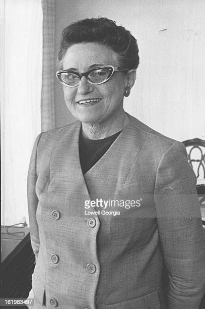 MAY 25 1964 MAY 29 1964 Mrs Reeva Kurtzman a human dynamo in Jefferson County health work for 15 years has resigned her charter seat on the county...