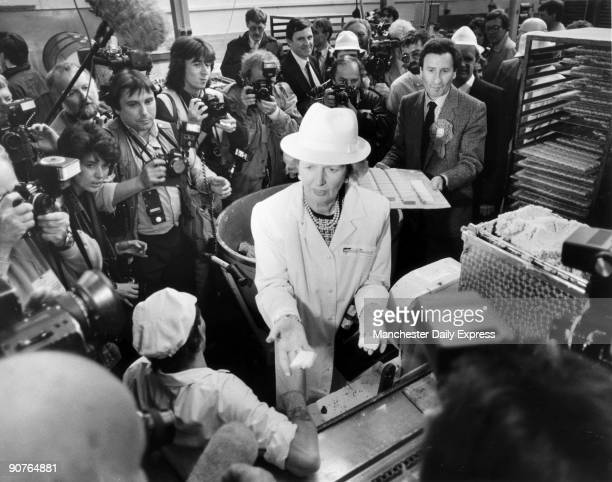 �Mrs Thatcher offers biscuits to cameramen at Farmhouse Biscuits in Lancashire� Margaret Hilda Thatcher studied chemistry at Oxford University and...