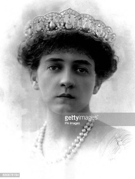 Mrs W B Leeds, an American millionairess who it is said is to marry Prince Christophoros, brother of King Constantine.