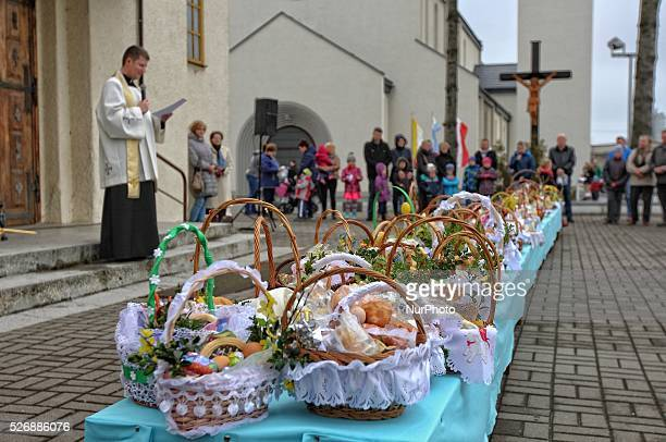 Mrzezino Poland 26th March 2016 Catholic believers take part in the traditional Holy Saturday quot Swieconka quot Easter baskets blessing in the...