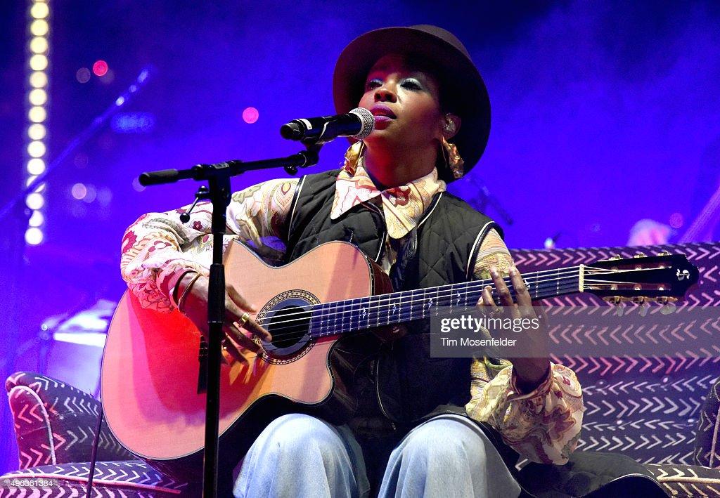 Ms. Lauryn Hill performs during Fun Fun Fun Fest 2015 at Auditorium Shores on November 8, 2015 in Austin, Texas.